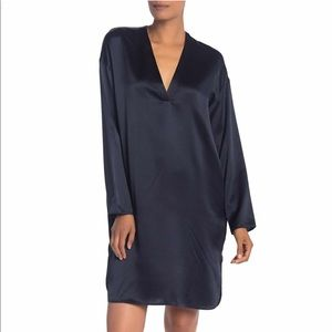 NWT Vince Silk V-Neck Tunic Dress in Navy Blue